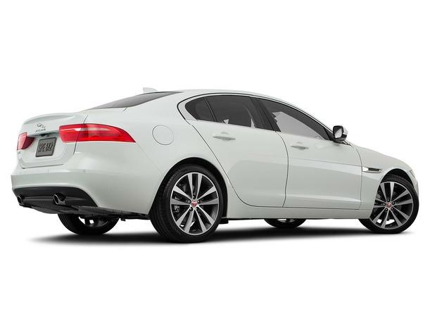 New 2018 Jaguar XE for sale in dubai