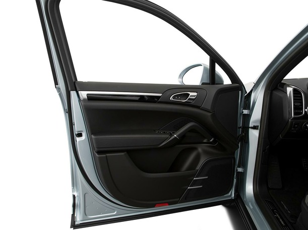 New 2020 Porsche Cayenne S for sale in dubai