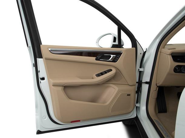 New 2020 Porsche Macan for sale in dubai