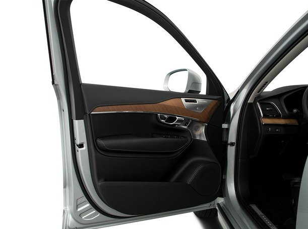New 2020 Volvo XC90 for sale in dubai