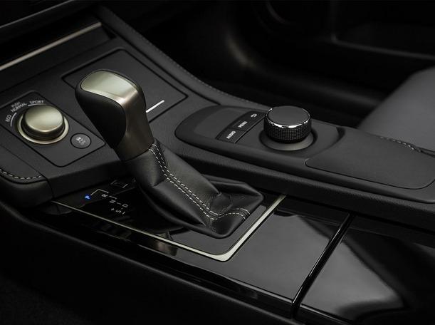 New 2018 Lexus ES350 for sale in dubai