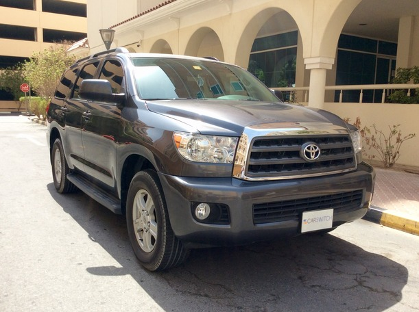 Used 2014 toyota Sequoia for sale in dubai