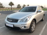 Used 2014 Infiniti QX50 for sale in sharjah