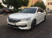 Used 2017 Honda Accord for sale in dubai