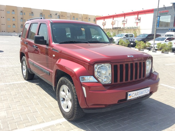 Used 2012 Jeep Cherokee for sale in dubai