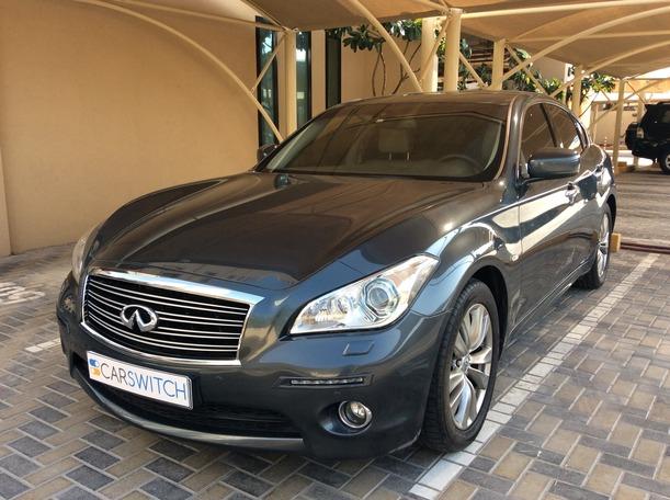 Used 2014 Infiniti Q70 for sale in dubai