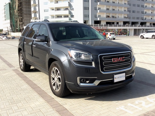 Used 2014 GMC Acadia for sale in dubai
