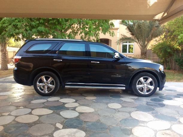 Used 2011 Dodge Durango for sale in abudhabi