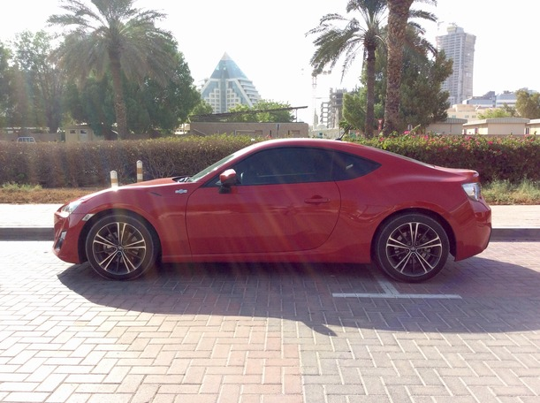 Used 2013 toyota 86 for sale in dubai