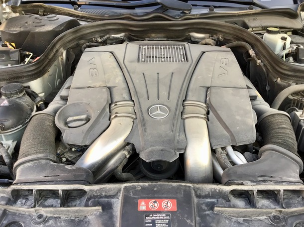 Used 2013 Mercedes CLS500 for sale in dubai