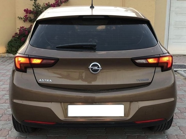 Used 2017 Opel Astra for sale in sharjah