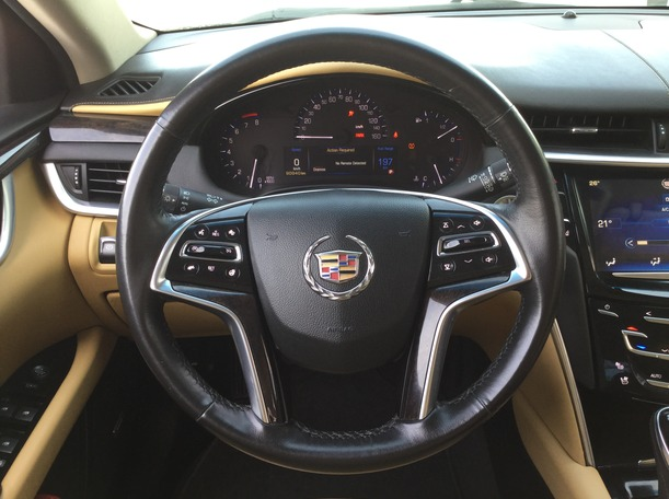 Used 2013 Cadillac XTS for sale in sharjah