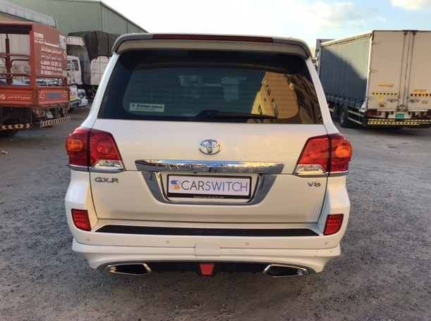 Used 2015 Toyota Land Cruiser for sale in dubai