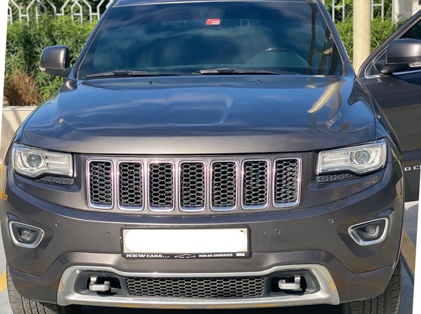 Used 2015 Jeep Grand Cherokee for sale in dubai