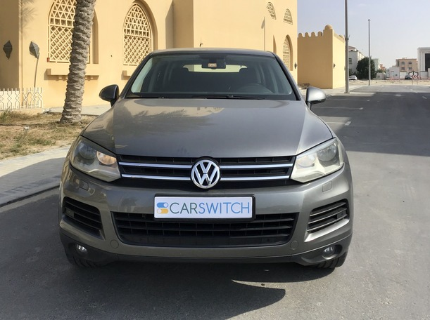 Used 2013 Volkswagen Touareg for sale in abudhabi