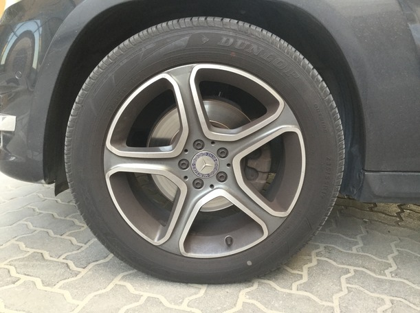Used 2014 Mercedes GLK250 for sale in sharjah
