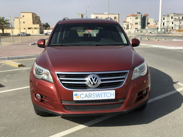 Used 2011 Volkswagen Tiguan for sale in abudhabi