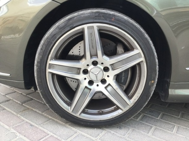 Used 2012 Mercedes E550 for sale in sharjah