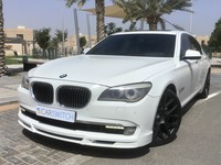 Used 2010 BMW 750 for sale in abudhabi