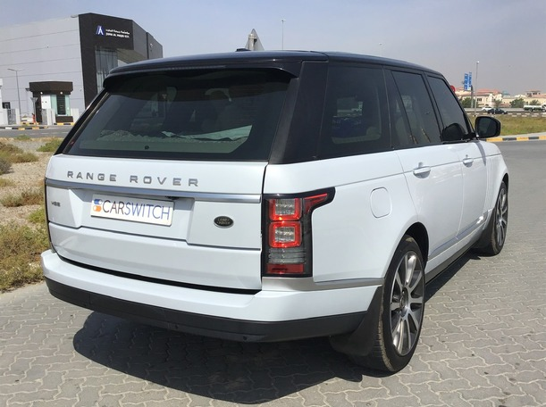 Used 2016 Range Rover Vogue for sale in sharjah