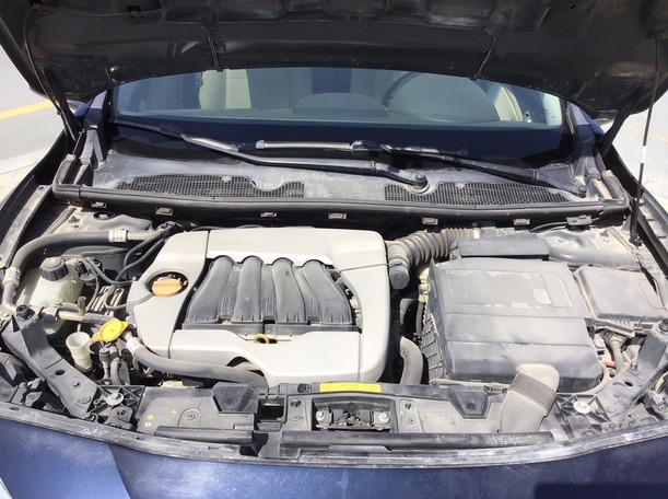 Used 2012 Renault Fluence for sale in dubai
