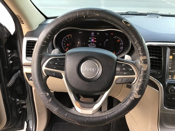 Used 2014 Jeep Grand Cherokee for sale in sharjah