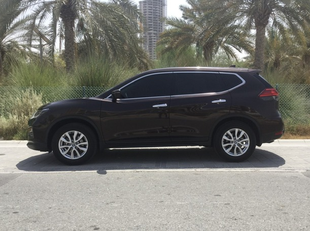 Used 2018 Nissan X-Trail for sale in dubai