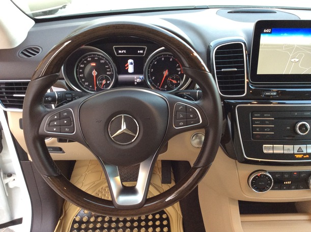 Used 2018 Mercedes GLE350 for sale in dubai