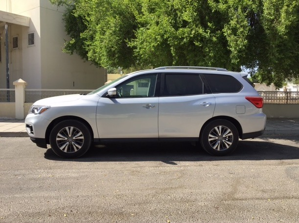 Used 2019 Nissan Pathfinder for sale in sharjah