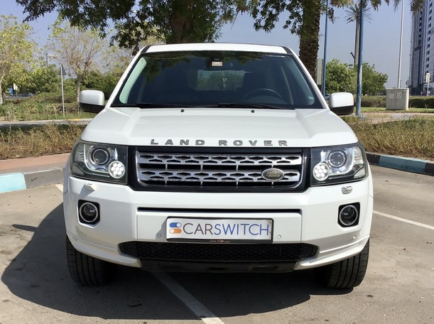 Used 2013 Land Rover LR2 for sale in abudhabi