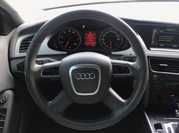 Used 2011 Audi A4 for sale in abudhabi