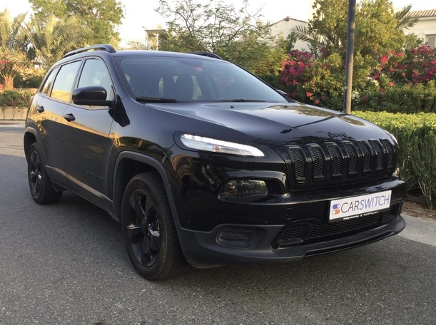 Used 2017 Jeep Cherokee for sale in dubai