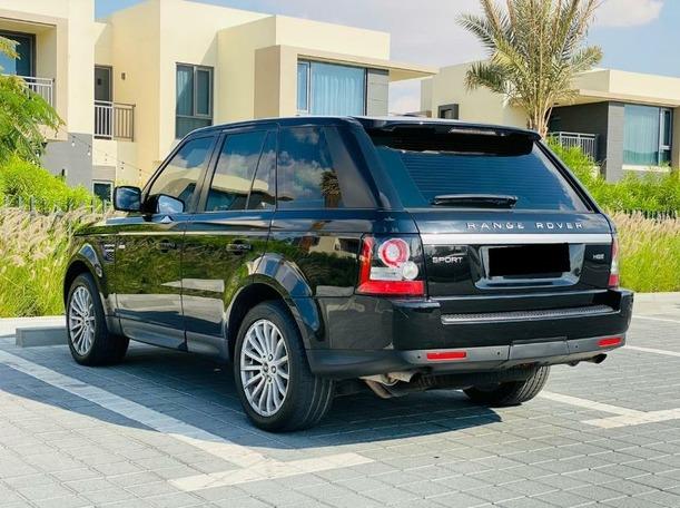 Used 2013 Range Rover Sport for sale in dubai