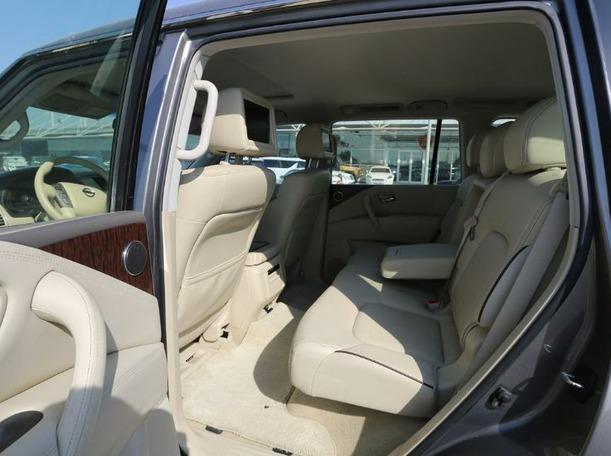 Used 2016 Nissan Patrol for sale in dubai
