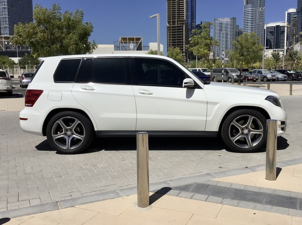 Used 2014 Mercedes GLK250 for sale in abudhabi