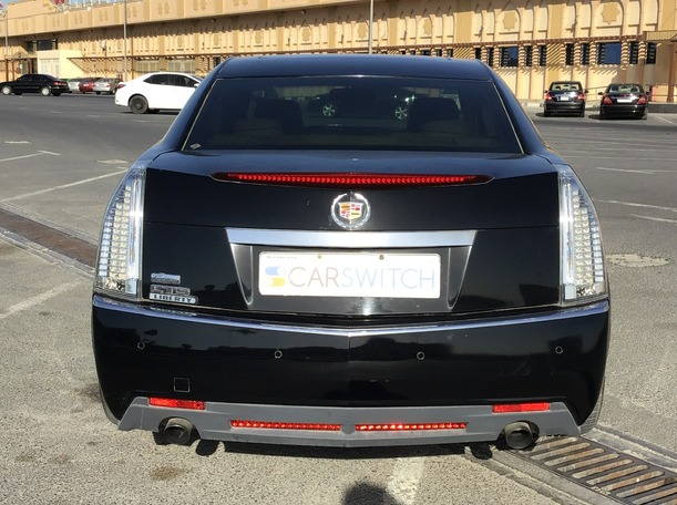 Used 2010 Cadillac CTS for sale in sharjah