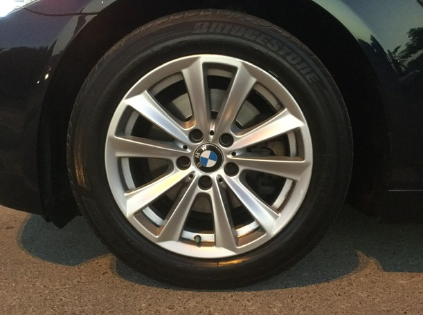 Used 2011 BMW 523 for sale in dubai