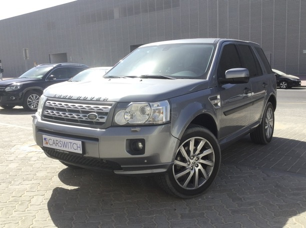 Used 2012 Land Rover LR2 for sale in dubai