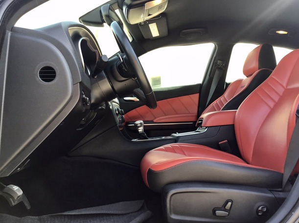 Used 2016 Dodge Charger for sale in abudhabi
