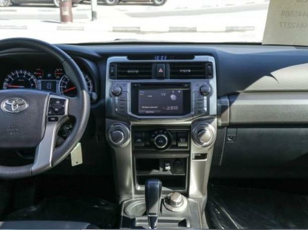Used 2016 Toyota 4Runner for sale in dubai