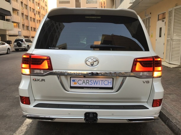 Used 2017 Toyota Land Cruiser for sale in dubai