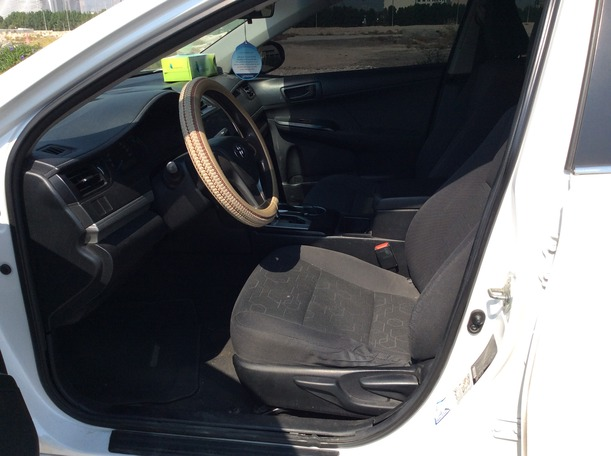 Used 2015 Toyota Camry for sale in dubai