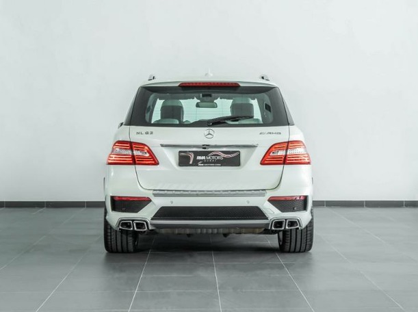 Used 2013 Mercedes ML63 AMG for sale in dubai