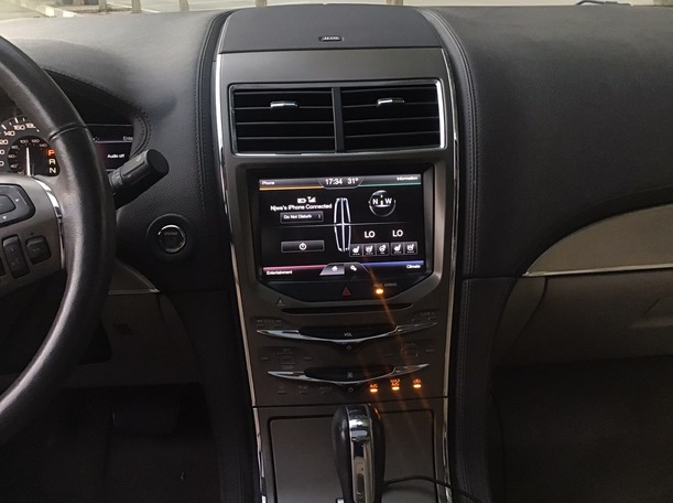 Used 2015 Lincoln MKX for sale in abudhabi