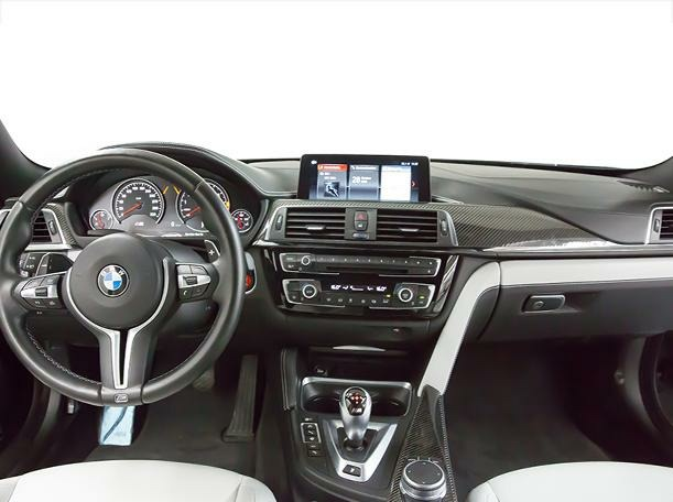 Used 2019 BMW M4 for sale in dubai