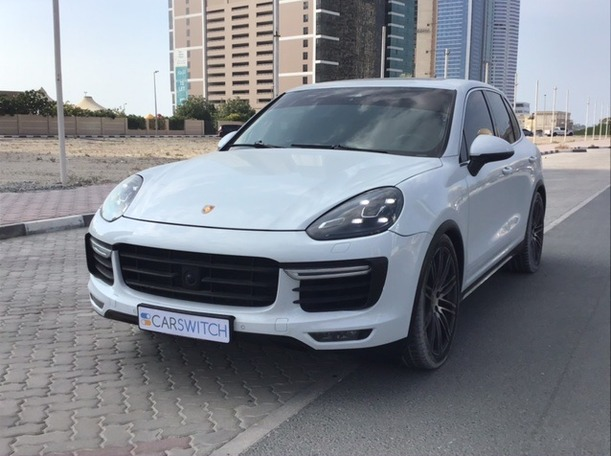 Used 2015 Porsche Cayenne Turbo for sale in sharjah