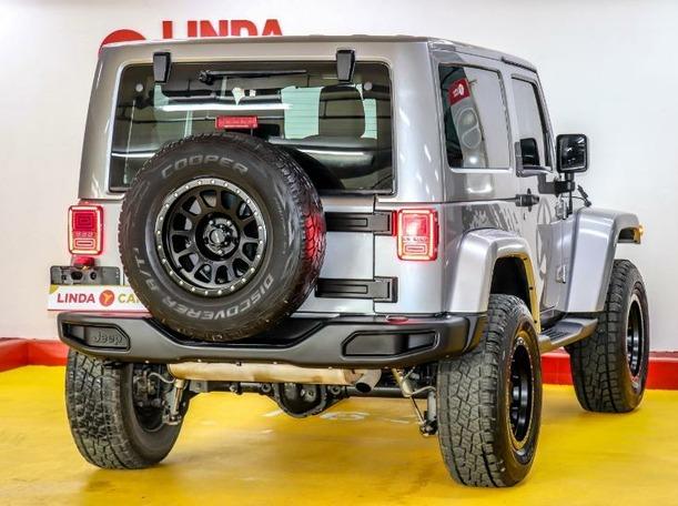Used 2015 Jeep Wrangler for sale in dubai