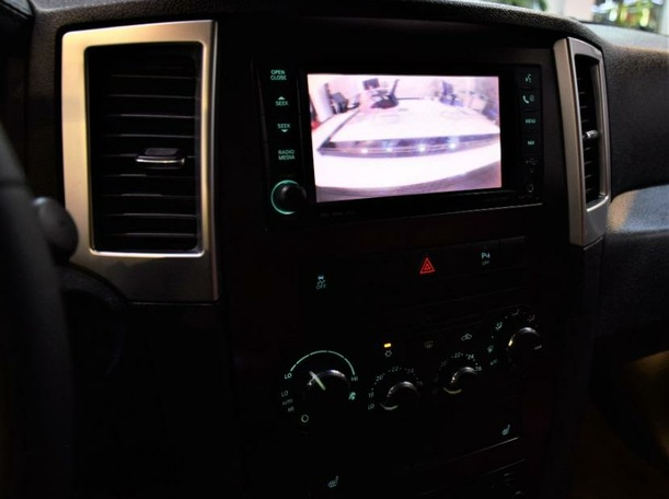 Used 2010 Jeep Grand Cherokee for sale in sharjah