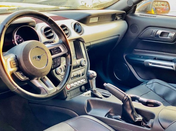 Used 2015 Ford Mustang for sale in sharjah