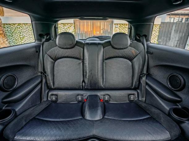 Used 2014 MINI Cooper for sale in dubai